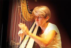 Catherine Baudichet - Harpe et percussion @ Théâtre de la Chaise rouge - Pouancé (49) | Pouance | Pays de la Loire | France